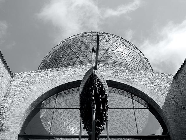 FIGUERES-SALVADOR-DALI-MISSNOBODY-17